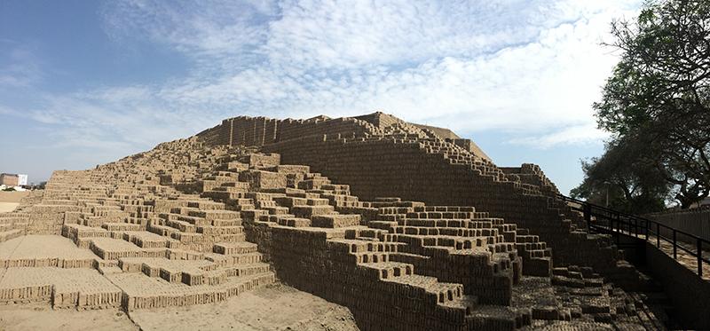 Ruínas pré-incas em Lima