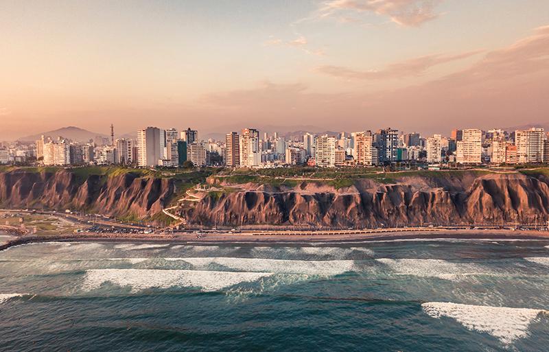 Fuso horário do Peru x Brasil