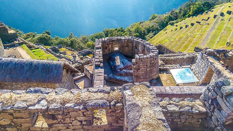 Beleza do Templo do Sol em Machu Picchu