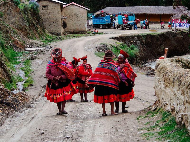 Que língua falam no Peru